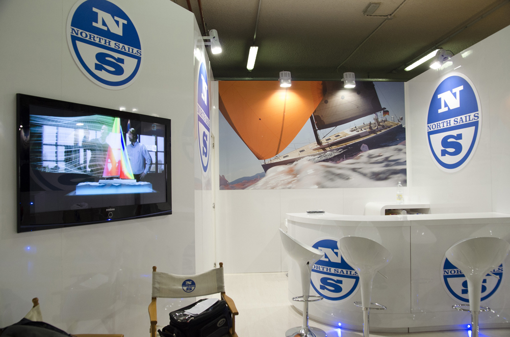 ns_stand2012_02