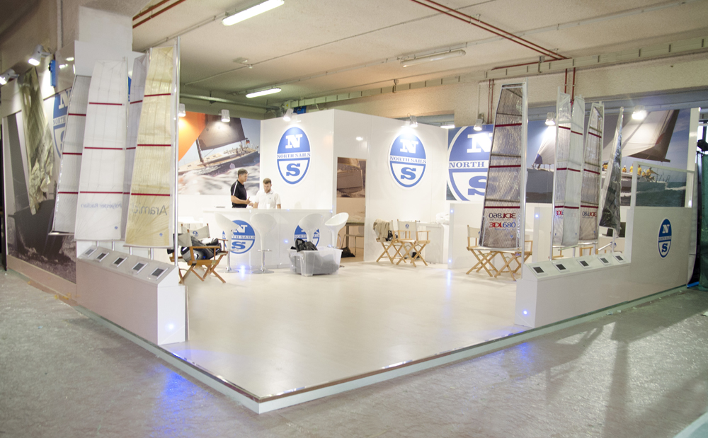 ns_stand2012_05